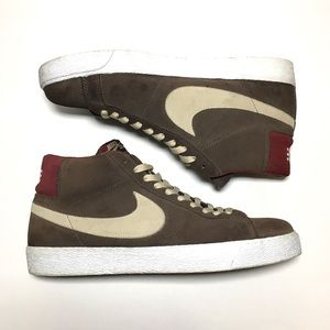 Nike Shoes - Nike brown burgundy leather high top blazers